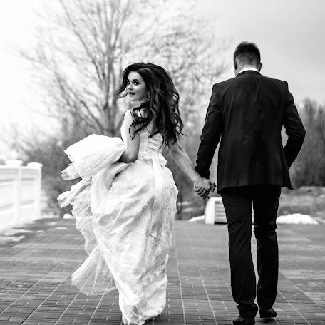 Wedding photographer Marina Bondarenko (id88581341). Photo of 11.02.2018