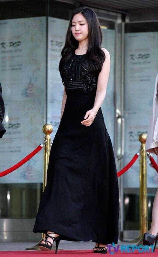 naeun gown 38