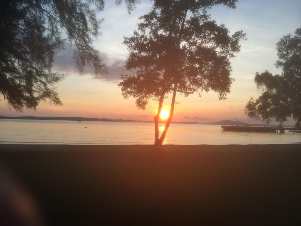 sunrise-at-changi-park