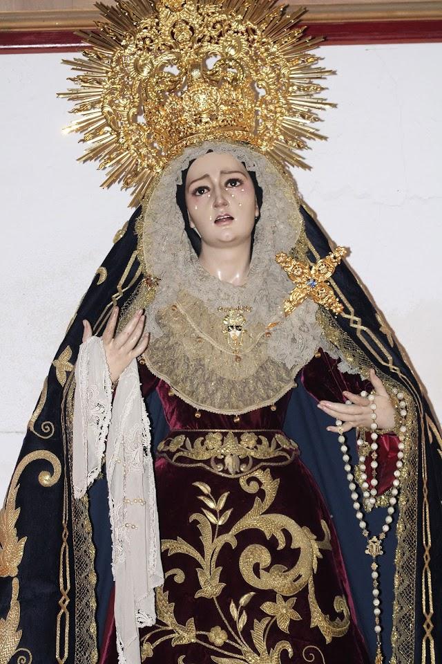 María Santísima del Rosario del Mar en sus misterios dolorosos.