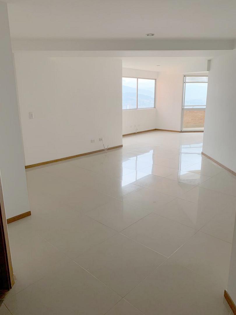 apartamento en venta  aves mar�?a 679-21302