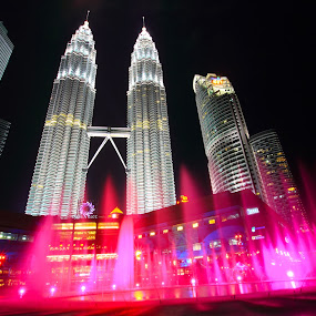 Water dance by William Cheng - Buildings & Architecture Other Exteriors ( klcc malaysia )