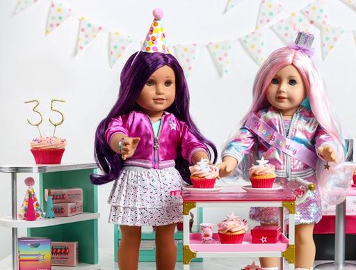 American Girl Is Re-Releasing Their 6 Original Historical Dolls