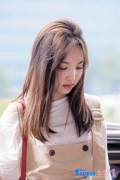 bab0619e8f9087955e8bac2050a781d6--nayeon-kpop