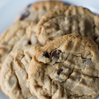 Peanut Butter Chocolate Chip Cookies - GF