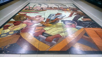 Photo: Subway floor mural