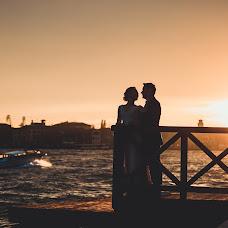 Wedding photographer Sergey Olarash (SergiuOlaras). Photo of 28.10.2014