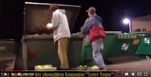 Bild aus Video: Lebensmittel aus Container retten.