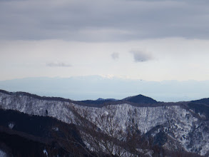 雪を被った霊仙山