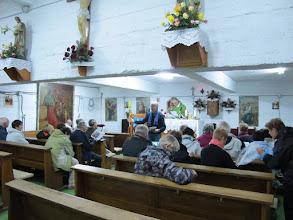 Photo: Rou2C31-151005Pietra Neamt, répétition chants, groupe, messe chapelle sous-sol église St Lasif Munciatorul IMG_9380