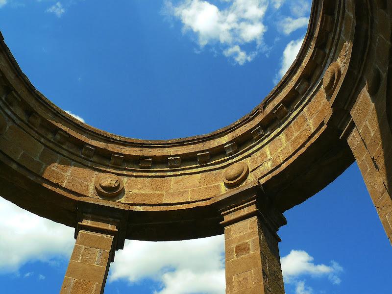Un mezzo cerchio di cielo di Mary.S