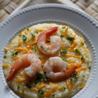 Crock Pot Shrimp and Cheese Grits