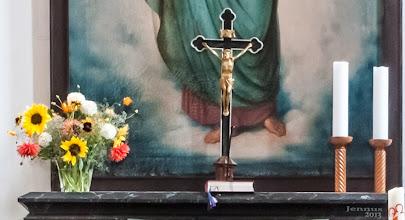 Photo: Sommerblumen auf dem Altar in Marlow