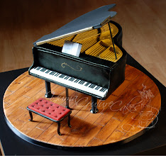 Photo: Baby Grand Piano by Yuma Couture Cakes (6/4/2012) View cake details here:http://cakesdecor.com/cakes/17474