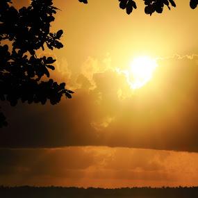 Lembongan sunrise by Hanz Photophoto - Landscapes Sunsets & Sunrises