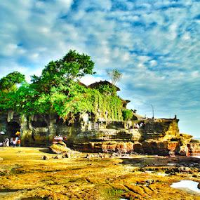 Tanah Lot by Enggus Fatriyadi - Landscapes Travel ( landscape & nature, travel )