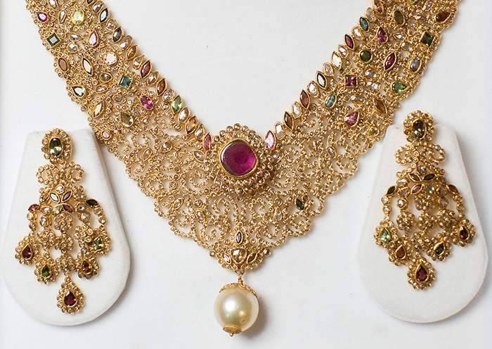 chandni-chowk-wedding-shopping-in-delhi_image