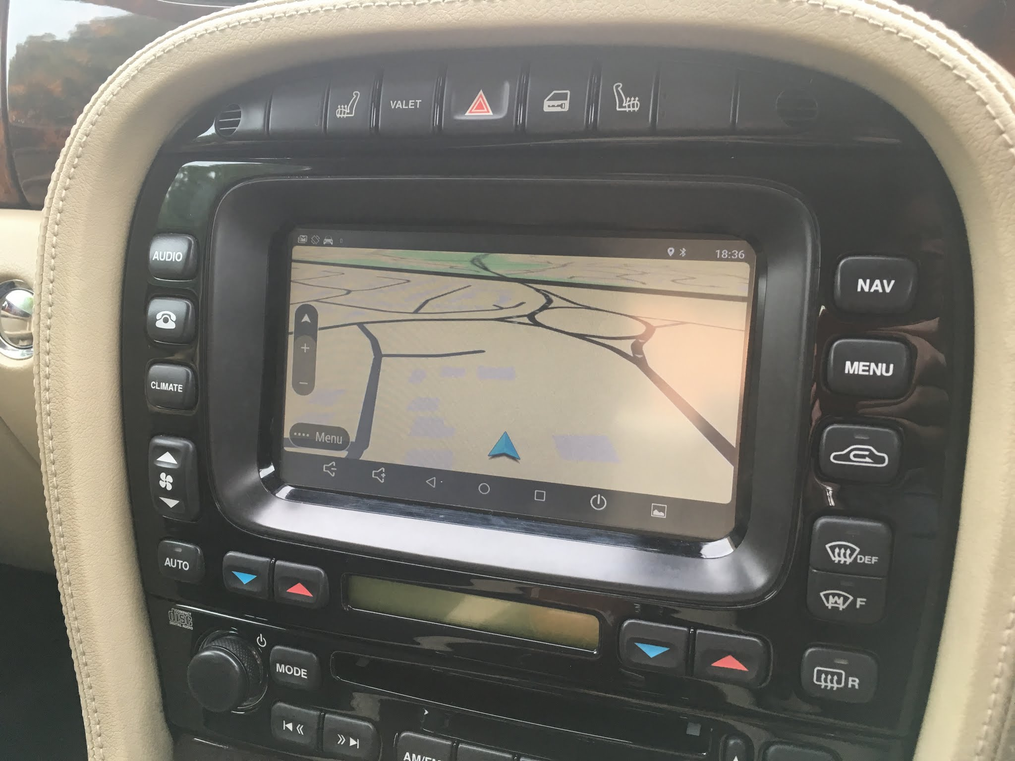 Android upgrade to Jaguar Touchscreen for XJ X350X358 SType and