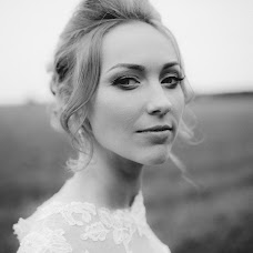 Wedding photographer Anya Bezyaeva (bezyaewa). Photo of 03.01.2017