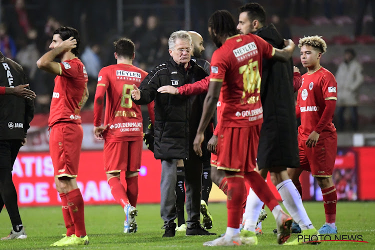 """""""Laszlo Bölöni a mis l'Antwerp sur la carte du football belge"""""""
