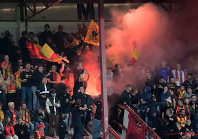 📷 Moet KV Mechelen vrezen voor match achter gesloten deuren na afsteken pyrotechnisch materiaal in Kortrijk?