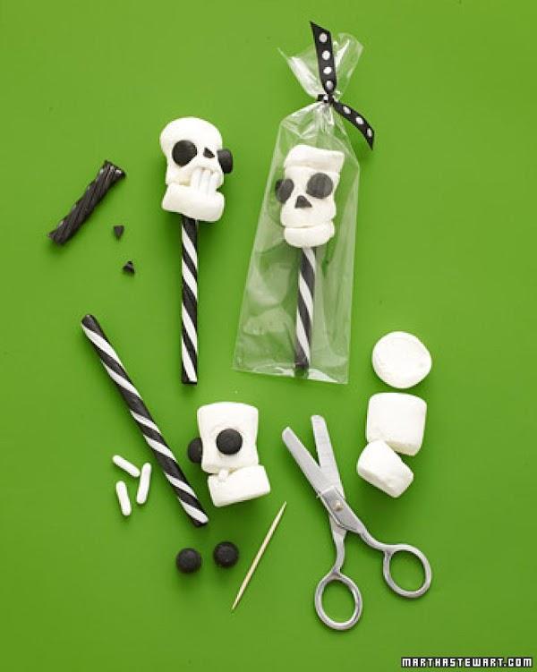 Martha Stewart's Skull Pops Recipe
