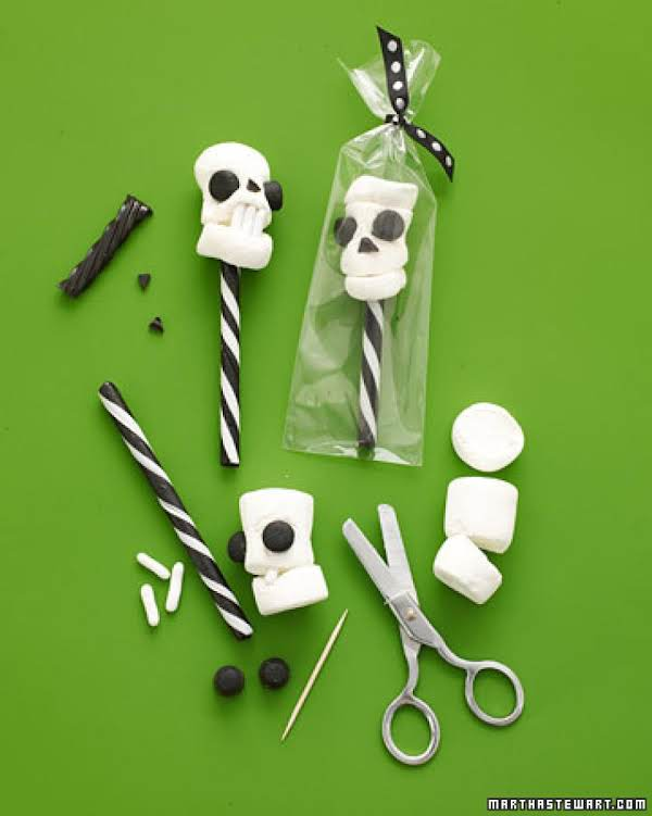 Martha Stewart's Skull Pops Recipe