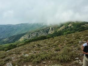 Photo: Στο βάθος η κορυφογραμμή της Κερασιάς.