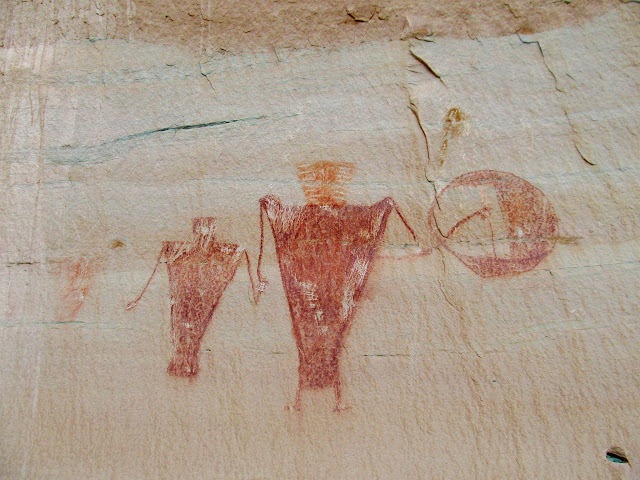 Large Fremont pictographs