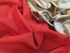 Photo: Ткань: крепсатен нат. шелк, ш. 135 см., цена 5500р. Ткань: костюмная (50% шелк 50% шерсть), ш. 140 см., цена 5500р.