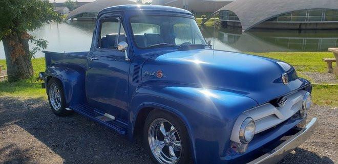 Classic Restored 1955 Ford F100 Pickup Hire TN