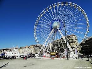 Photo: #006-La grande roue sur le Vieux-Port de Marseille.