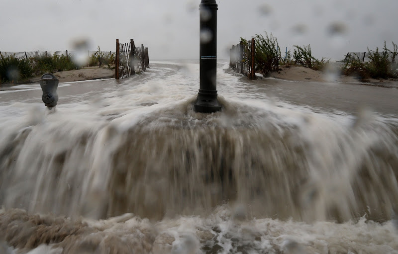 Photo: CAPE MAY, NJ - OCTOBER 29: Waters from Hurricane Sandy start to flood Beach Ave. on October 29, 2012 in Cape May, New Jersey. Later today the full force of Hurricane Sandy is expected to hit the New Jersey coastline bringing heavy winds and floodwaters.  (Photo by Mark Wilson/Getty Images)