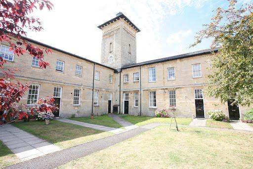 Thurnham Court, Devizes