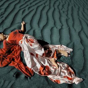 bhoubok by IkanHiu Pegel Pegel - People Fashion