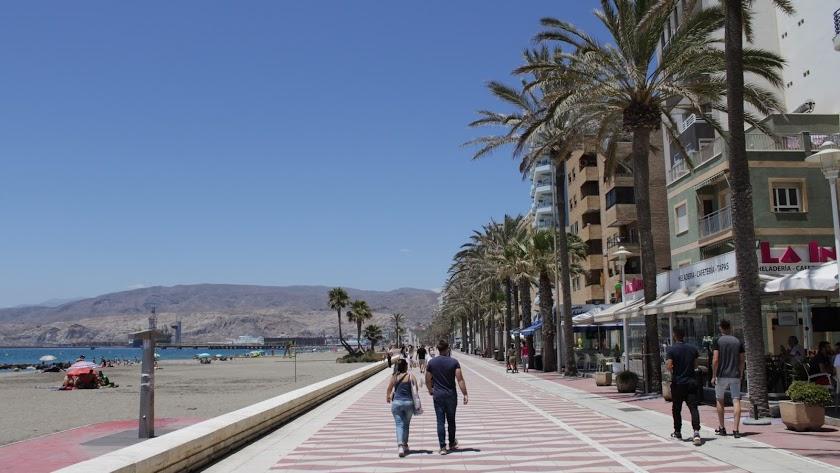 Paseo Marítimo de Almería capital, donde se han vendido los cupones premiados