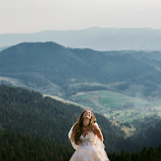 Wedding photographer Roman Vendz (Vendz). Photo of 12.09.2018
