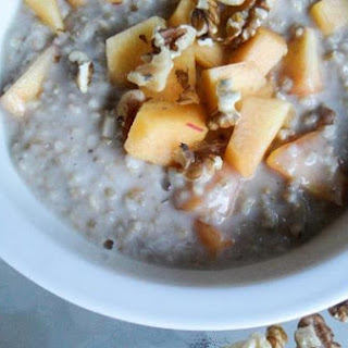 Peaches & Coconut Cream Steel Cut Oatmeal