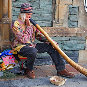The big horn by Wilson Beckett - People Musicians & Entertainers (  )