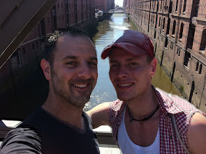 Photo: Hafen City, Stephen and Nico