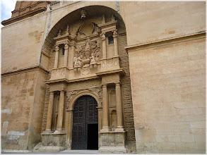 Photo: Iglesia de la Asunción. Almansa  http://www.viajesenfamilia.it
