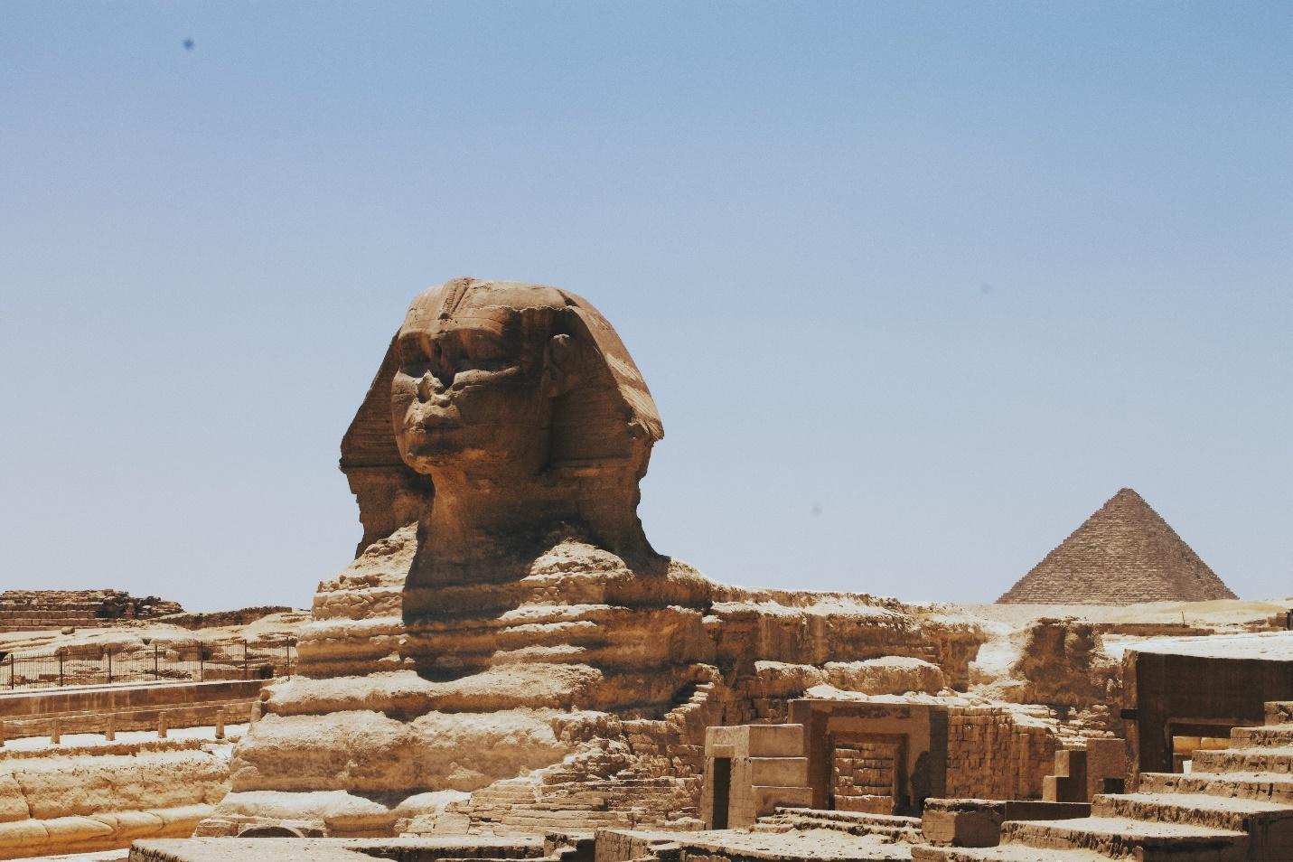 C:\Users\Shrutika Yadav\Downloads\pyramids-of-giza-egypt.jpg
