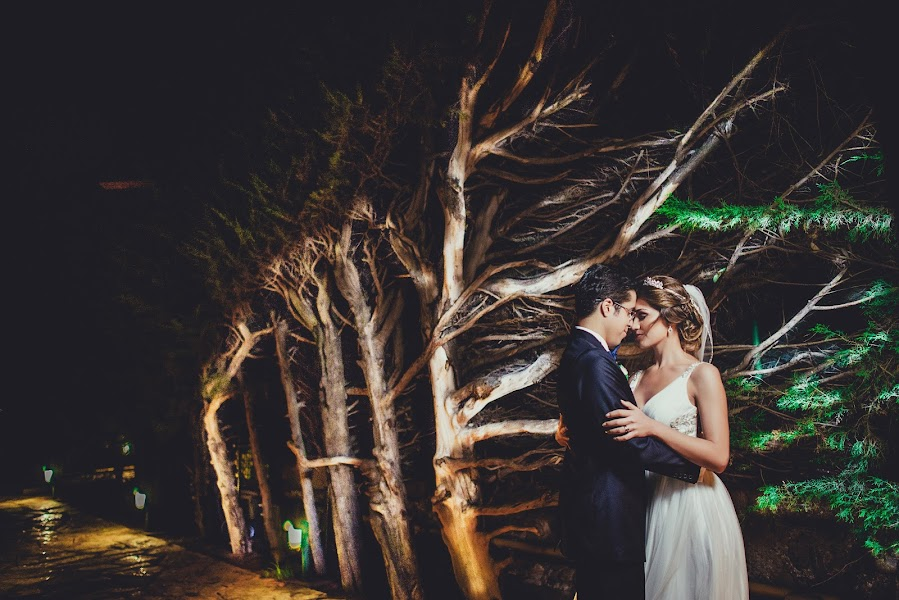Wedding photographer Valery Garnica (focusmilebodas2). Photo of 24.04.2017