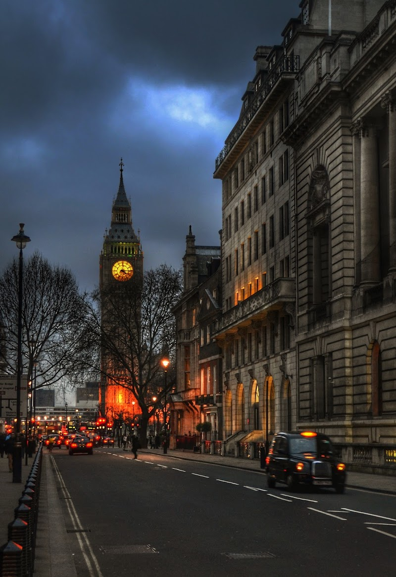 Big Ben street  di gianfi51