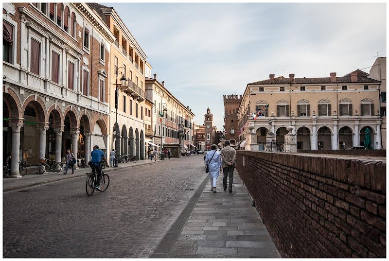 Ferrara, la mia città di E l i s a E n n E