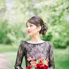 Wedding photographer Albina Khan (manific). Photo of 01.07.2015
