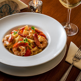Pasta and shrimp by Ewald Gruescu - Food & Drink Plated Food ( gruescu, sigma, seafood, ewald, shrimp, restaurant, adobe, photoshop, plate, romania, food, nikon, foodporn, pasta, timisoara, photographer, lightroom )