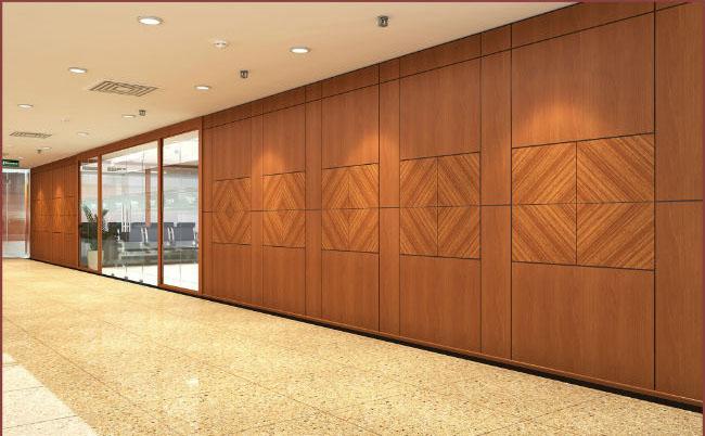 Chọn vách ngăn gỗ công nghiệp giá rẻ phù hợp với không gian