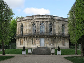 Photo: Le pavillon de Hanovre