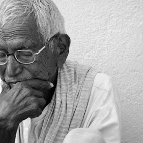 a small thought by Ravi Shankar - People Portraits of Men ( thinking, old man, man )